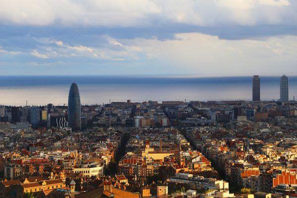 tarjeta-de-vecindad-para-inmigrantes-en-barcelona