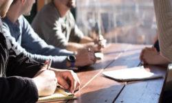 Autorización de residencia para buscar empleo o emprender