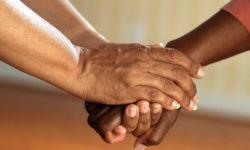 Residencia por arraigo social:  Cinco claves sobre este tipo de regularización